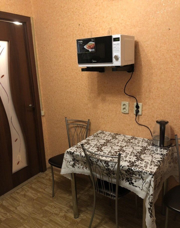 Аренда двухкомнатной квартиры Москва, метро Севастопольская, Херсонская улица 8, цена 40000 рублей, 2020 год объявление №1057733 на megabaz.ru