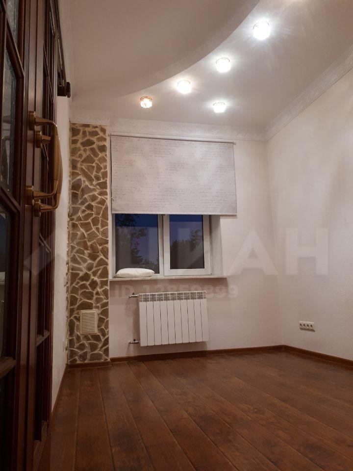 Аренда двухкомнатной квартиры поселок Поведники, Центральная улица 14, цена 40000 рублей, 2020 год объявление №1168262 на megabaz.ru