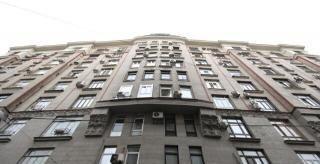 Продажа однокомнатной квартиры Москва, метро Тверская, Большой Гнездниковский переулок 10, цена 14256000 рублей, 2021 год объявление №392710 на megabaz.ru
