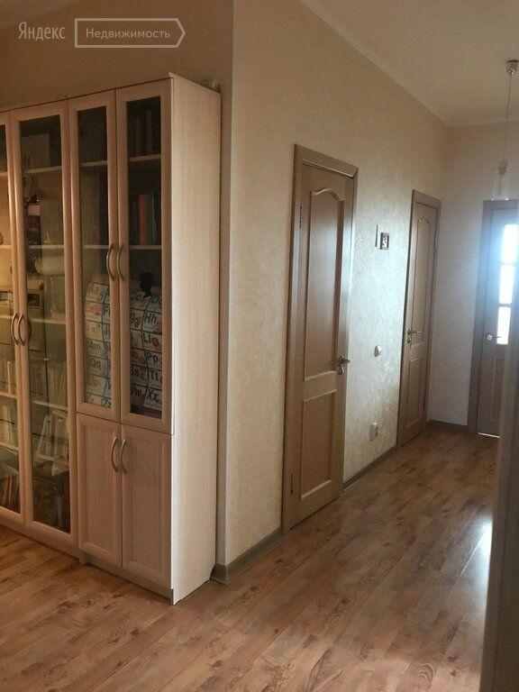 Продажа трёхкомнатной квартиры поселок городского типа Некрасовский, Заводская улица 39, цена 7990000 рублей, 2020 год объявление №392740 на megabaz.ru