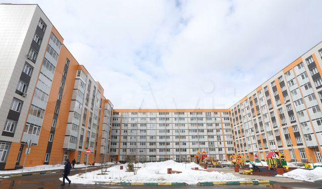 Аренда однокомнатной квартиры рабочий посёлок Нахабино, улица Королёва 2, цена 28000 рублей, 2021 год объявление №1354840 на megabaz.ru