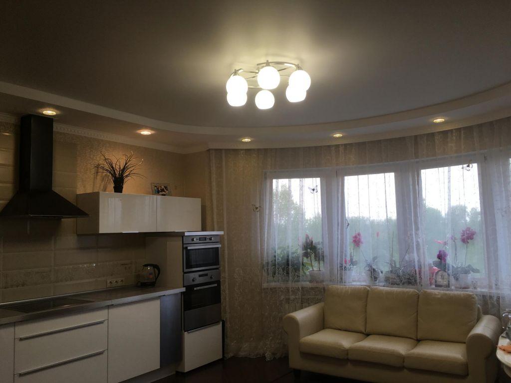Продажа двухкомнатной квартиры рабочий поселок Новоивановское, цена 10680000 рублей, 2021 год объявление №393743 на megabaz.ru