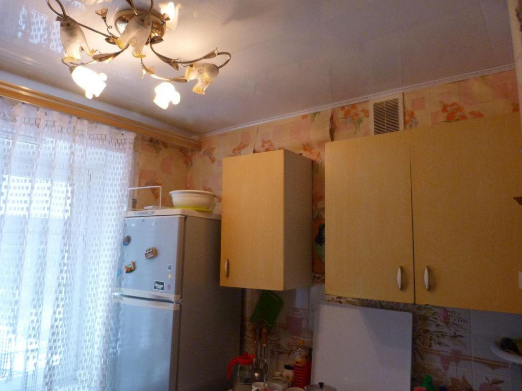 Продажа двухкомнатной квартиры рабочий посёлок Мишеронский, цена 950000 рублей, 2020 год объявление №393659 на megabaz.ru