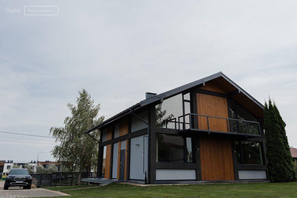 Продажа дома деревня Покровское, Центральная улица, цена 26500000 рублей, 2020 год объявление №505359 на megabaz.ru