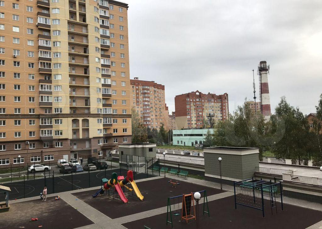 Аренда однокомнатной квартиры Звенигород, Нахабинское шоссе 1к1, цена 25000 рублей, 2021 год объявление №1466868 на megabaz.ru