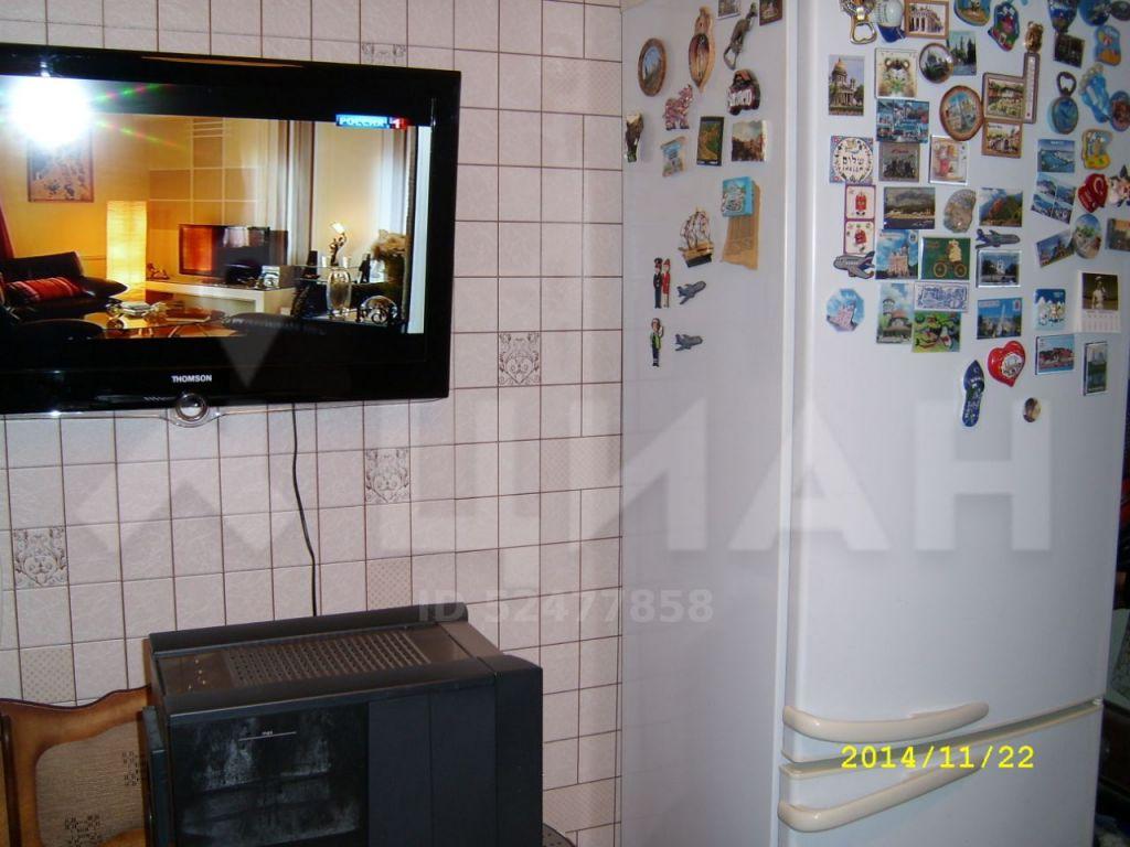 Продажа трёхкомнатной квартиры деревня Поповка, цена 3100000 рублей, 2020 год объявление №395118 на megabaz.ru