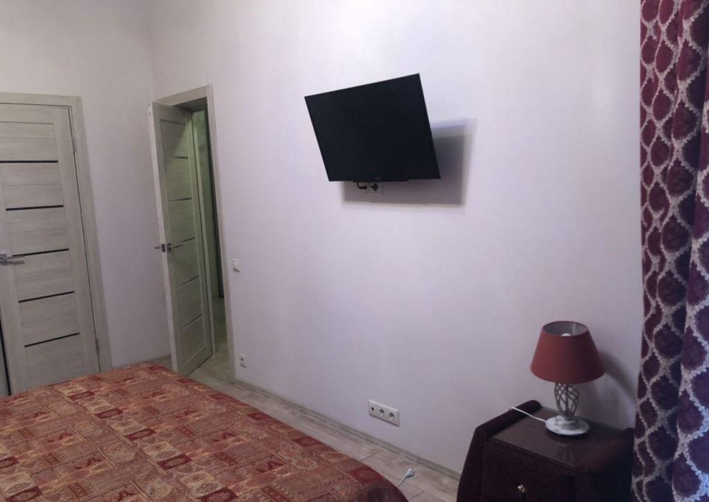 Аренда однокомнатной квартиры поселок Поведники, Рябиновая улица 8, цена 27500 рублей, 2021 год объявление №1052222 на megabaz.ru