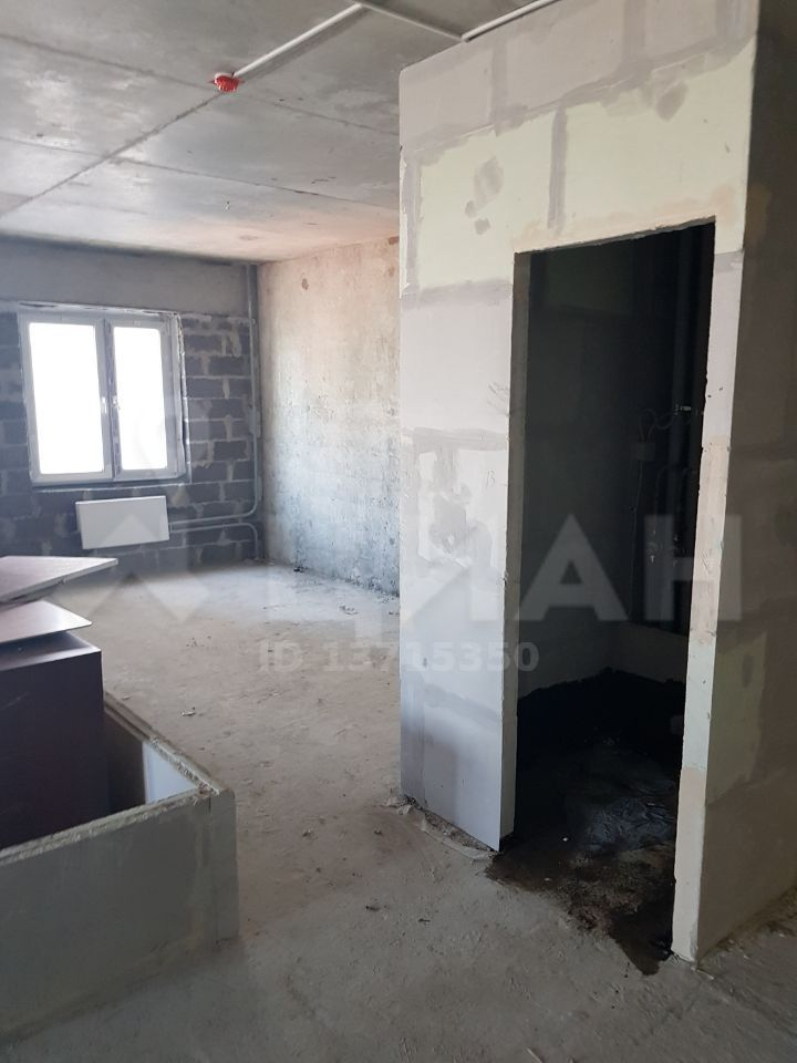 Продажа двухкомнатной квартиры рабочий поселок Новоивановское, Можайское шоссе 51, цена 9000000 рублей, 2021 год объявление №436266 на megabaz.ru