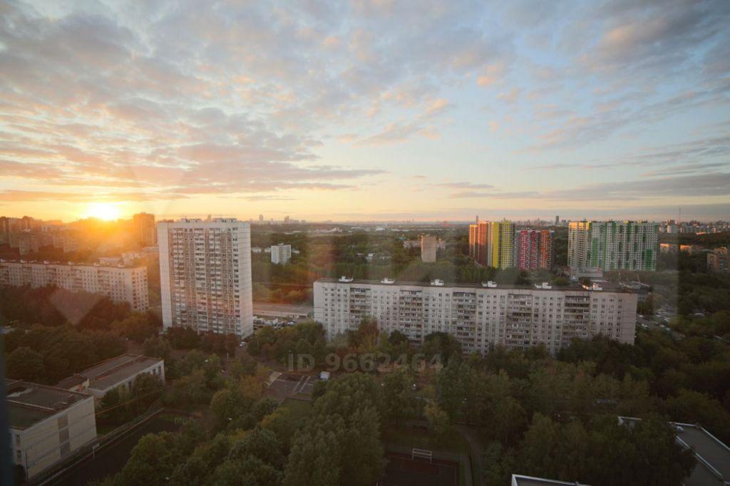Продажа трёхкомнатной квартиры Москва, метро Пионерская, Кастанаевская улица 43к4, цена 29900000 рублей, 2020 год объявление №468851 на megabaz.ru