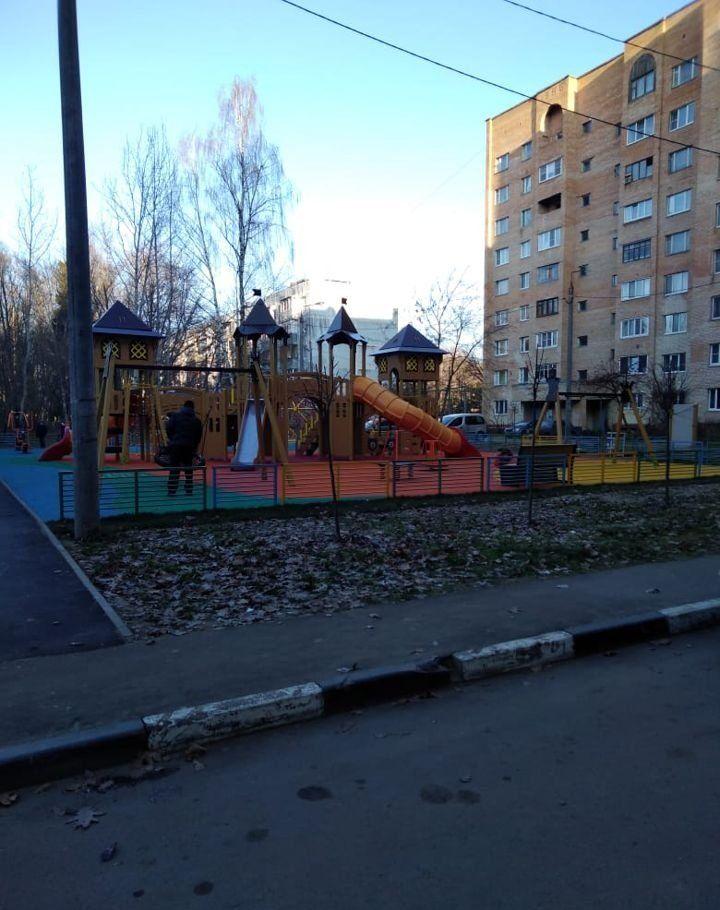 Продажа двухкомнатной квартиры рабочий поселок Оболенск, цена 1900000 рублей, 2021 год объявление №397463 на megabaz.ru