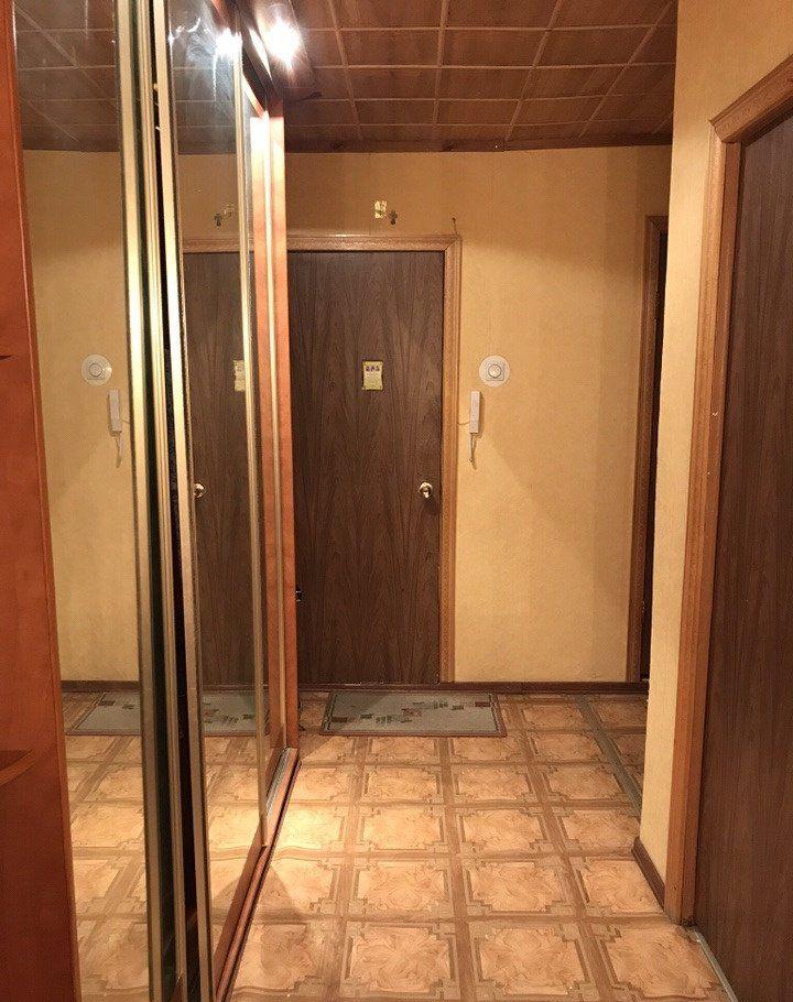 Аренда трёхкомнатной квартиры поселок городского типа Некрасовский, Школьная улица 1, цена 26000 рублей, 2021 год объявление №1049630 на megabaz.ru