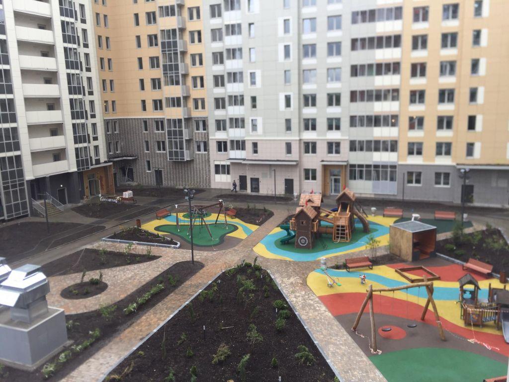 Продажа двухкомнатной квартиры деревня Бородино, Малая Бородинская улица, цена 6800000 рублей, 2021 год объявление №440469 на megabaz.ru