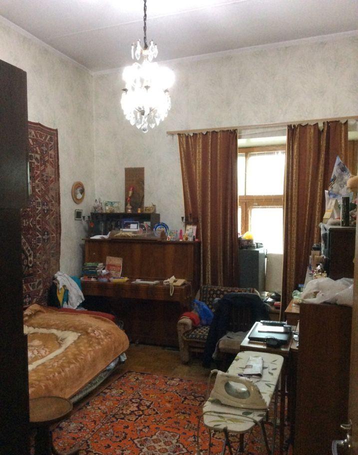 Продажа трёхкомнатной квартиры Москва, метро Кропоткинская, Большой Афанасьевский переулок 4, цена 43000000 рублей, 2020 год объявление №407015 на megabaz.ru