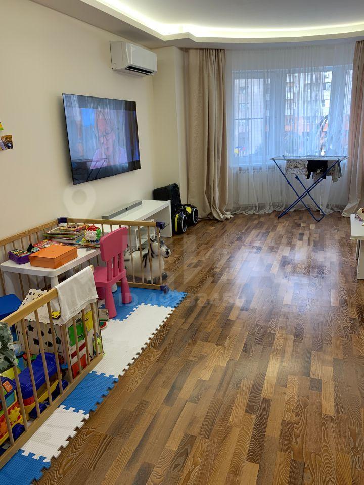 Продажа трёхкомнатной квартиры рабочий поселок Новоивановское, Можайское шоссе 50, цена 12800000 рублей, 2021 год объявление №468044 на megabaz.ru