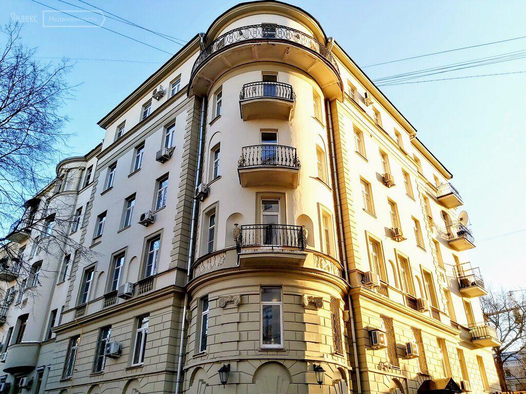 Продажа четырёхкомнатной квартиры Москва, метро Цветной бульвар, Цветной бульвар 22с4, цена 39000000 рублей, 2021 год объявление №547077 на megabaz.ru