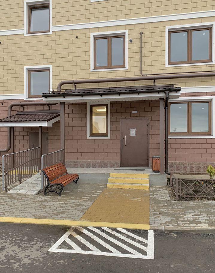 Продажа однокомнатной квартиры село Озерецкое, бульвар Радости 28, цена 3000000 рублей, 2021 год объявление №407236 на megabaz.ru