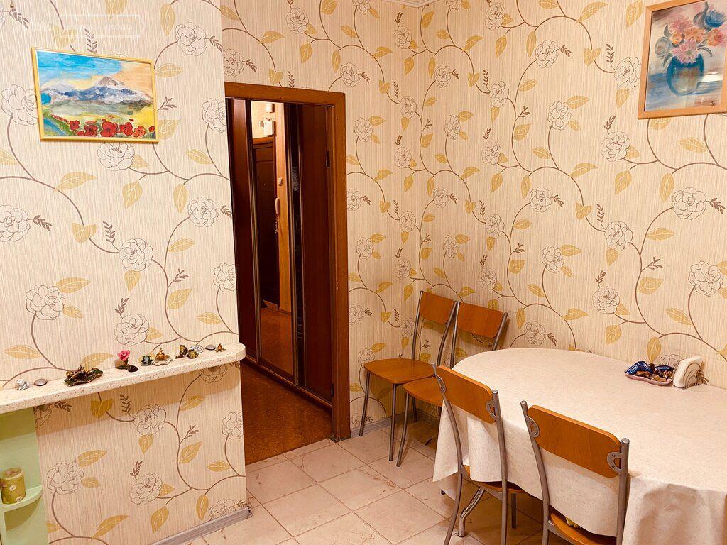 Продажа трёхкомнатной квартиры Москва, метро Бульвар адмирала Ушакова, Венёвская улица 7, цена 13500000 рублей, 2021 год объявление №552330 на megabaz.ru