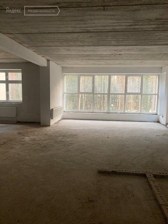 Продажа пятикомнатной квартиры село Усово, цена 70000000 рублей, 2020 год объявление №408124 на megabaz.ru