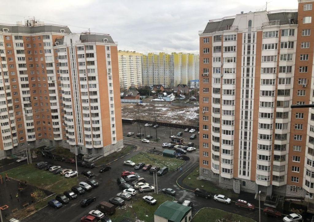 Аренда однокомнатной квартиры деревня Голубое, Родниковая улица 5, цена 20000 рублей, 2020 год объявление №1068365 на megabaz.ru