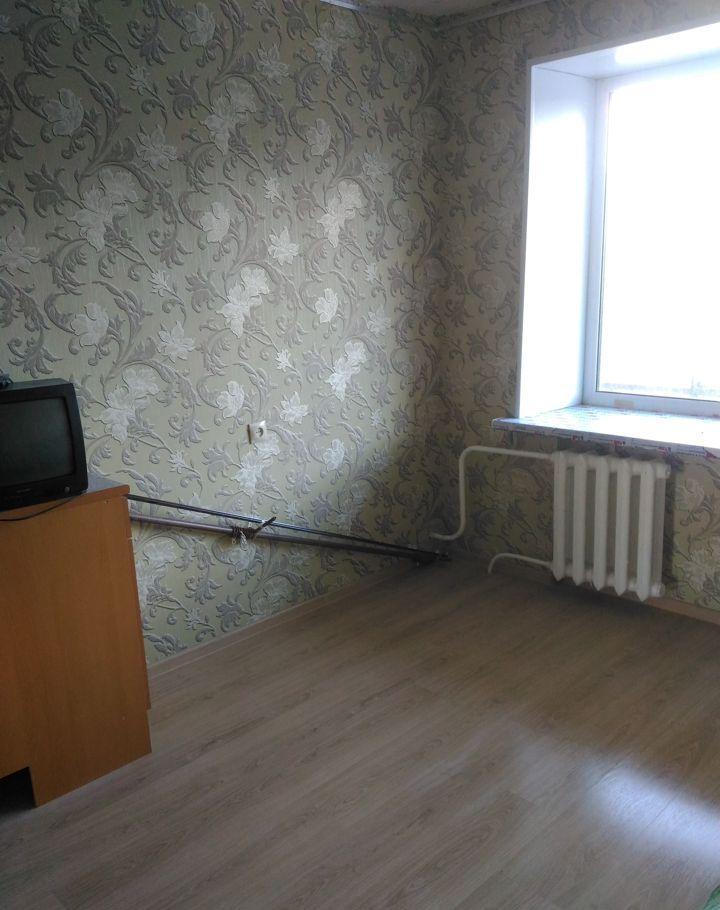 Продажа двухкомнатной квартиры рабочий поселок Оболенск, улица Строителей 2, цена 1400000 рублей, 2021 год объявление №489931 на megabaz.ru