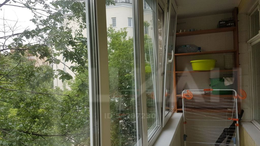 Аренда однокомнатной квартиры Москва, метро Баррикадная, Вспольный переулок 16с2, цена 60000 рублей, 2021 год объявление №1132121 на megabaz.ru