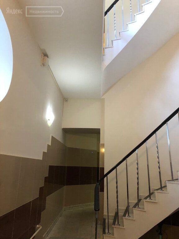 Аренда однокомнатной квартиры Москва, метро Арбатская, улица Арбат 17, цена 75000 рублей, 2021 год объявление №1276850 на megabaz.ru