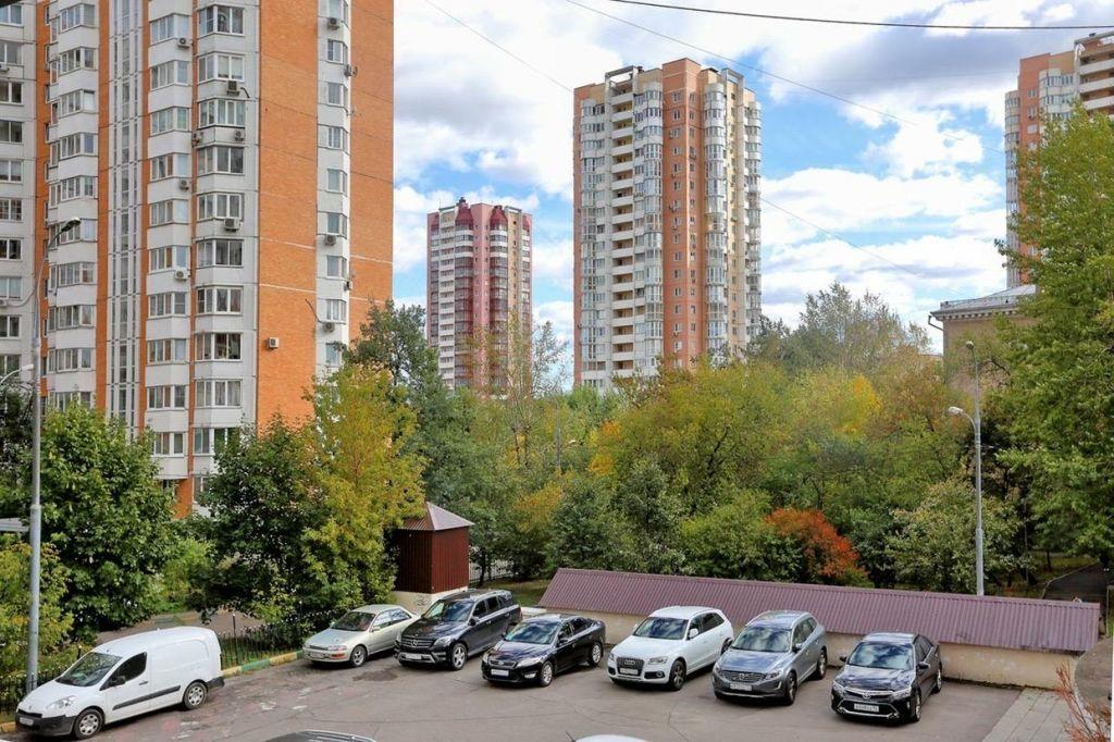 Аренда пятикомнатной квартиры Москва, улица Ватутина 18к2, цена 180000 рублей, 2020 год объявление №1070363 на megabaz.ru