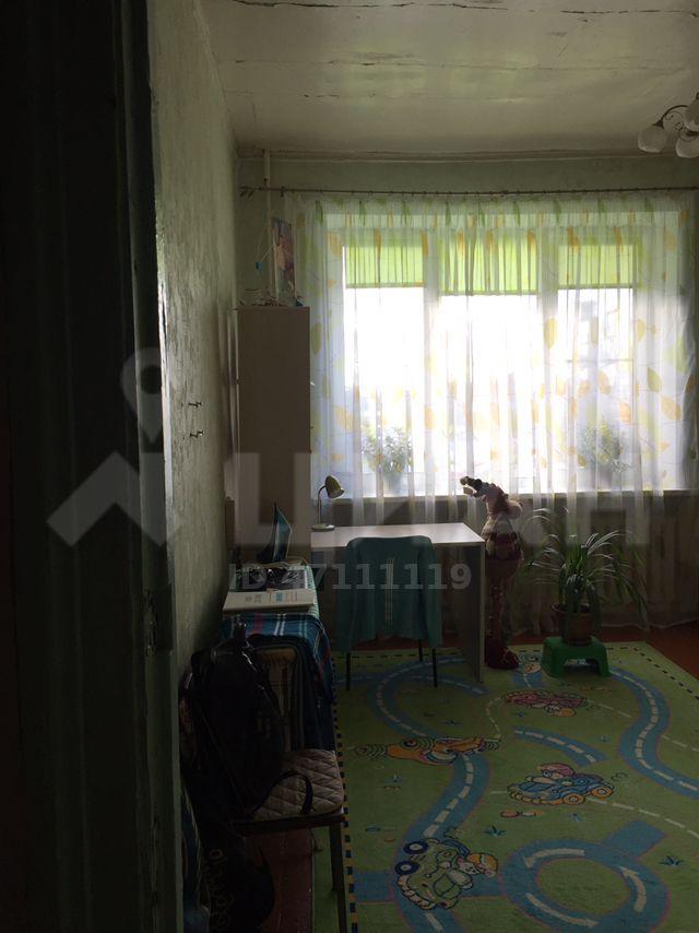 Продажа комнаты поселок городского типа Некрасовский, Заводская улица 23, цена 1500000 рублей, 2020 год объявление №410118 на megabaz.ru