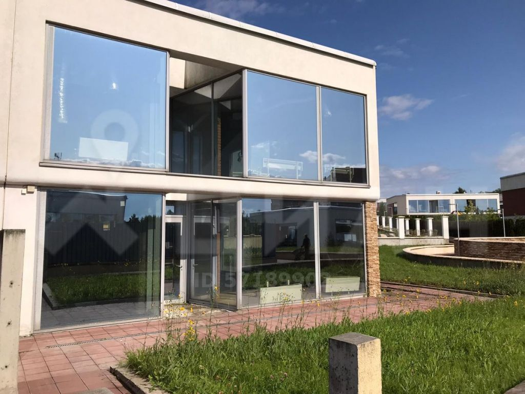 Продажа дома поселок Барвиха, Центральная площадь, цена 33000000 рублей, 2021 год объявление №483336 на megabaz.ru