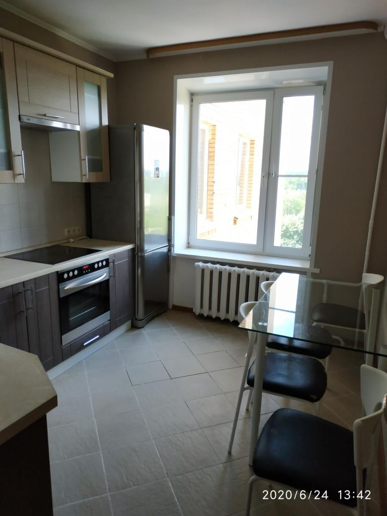 Аренда двухкомнатной квартиры поселок Барвиха, цена 33000 рублей, 2020 год объявление №1109830 на megabaz.ru