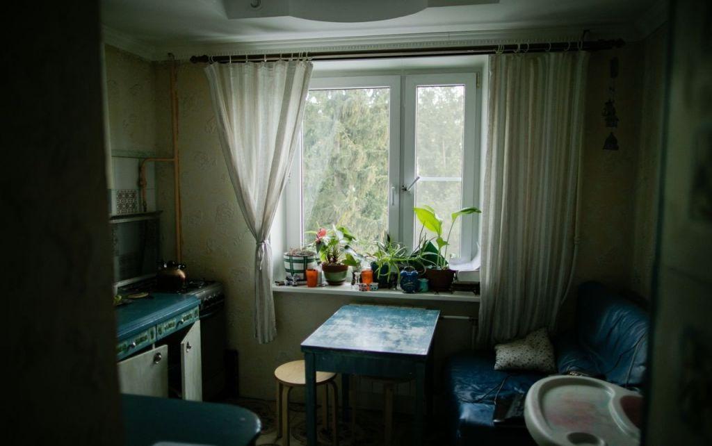 Продажа двухкомнатной квартиры рабочий поселок Оболенск, Солнечная улица 4, цена 2400000 рублей, 2021 год объявление №368069 на megabaz.ru