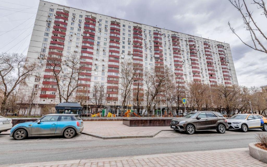 Продажа двухкомнатной квартиры Москва, метро Парк культуры, Смоленский бульвар 6-8, цена 21900000 рублей, 2020 год объявление №413569 на megabaz.ru