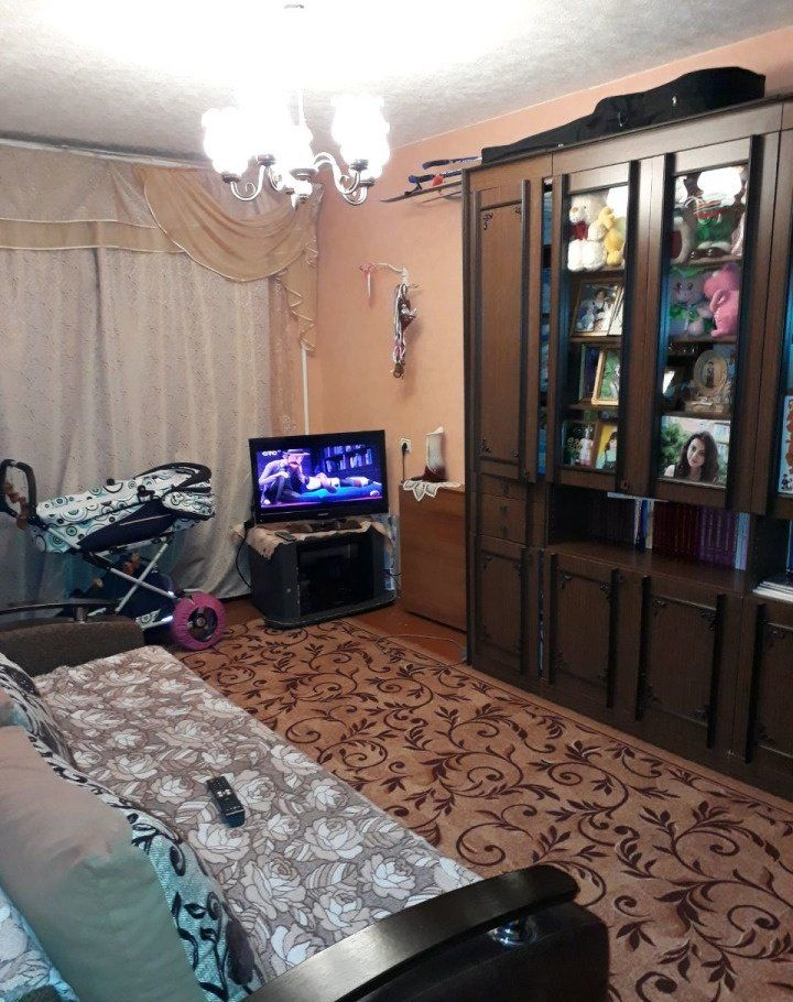 Продажа двухкомнатной квартиры поселок городского типа Большие Дворы, улица Крупской 18, цена 2300000 рублей, 2021 год объявление №451059 на megabaz.ru