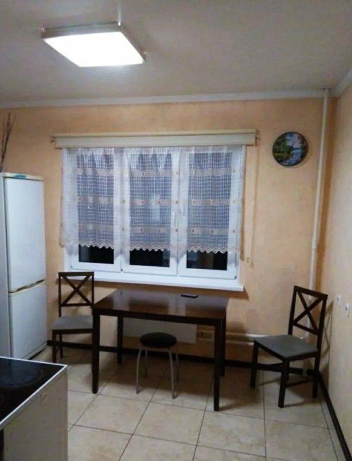 Аренда однокомнатной квартиры поселок Мебельной фабрики, Заречная улица 3, цена 23000 рублей, 2020 год объявление №1077440 на megabaz.ru