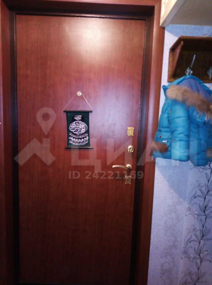 Продажа двухкомнатной квартиры поселок Старый Городок, Заводская улица 15, цена 2800000 рублей, 2020 год объявление №428945 на megabaz.ru