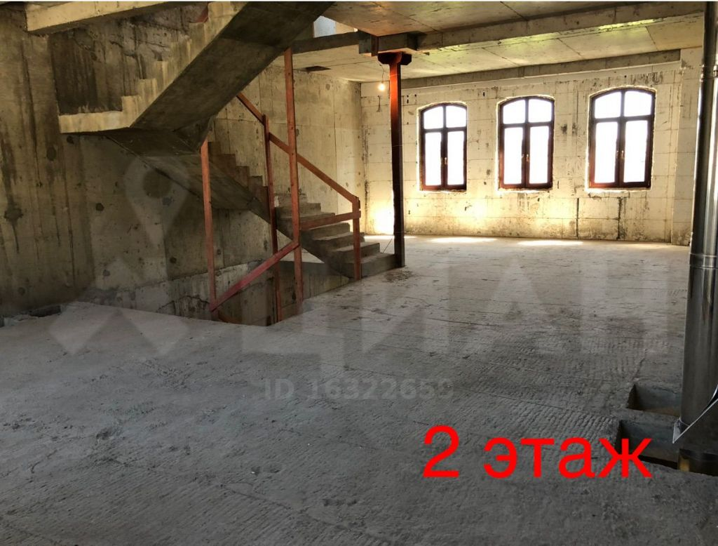 Продажа дома село Жаворонки, Лазурная улица 53, цена 35500000 рублей, 2021 год объявление №356299 на megabaz.ru