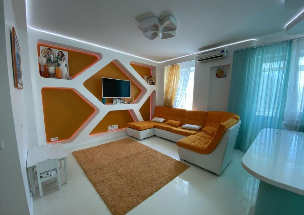 Аренда четырёхкомнатной квартиры поселок Поведники, Центральная улица 20, цена 110000 рублей, 2021 год объявление №1096778 на megabaz.ru