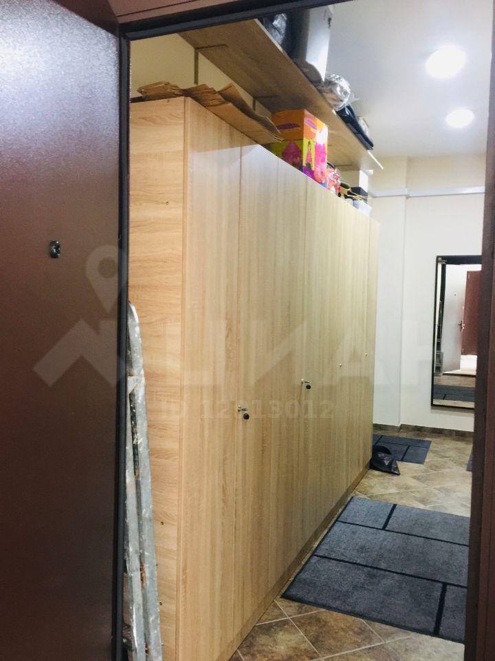 Продажа двухкомнатной квартиры поселок Отрадное, улица Айвазовского 3, цена 9950000 рублей, 2020 год объявление №499714 на megabaz.ru