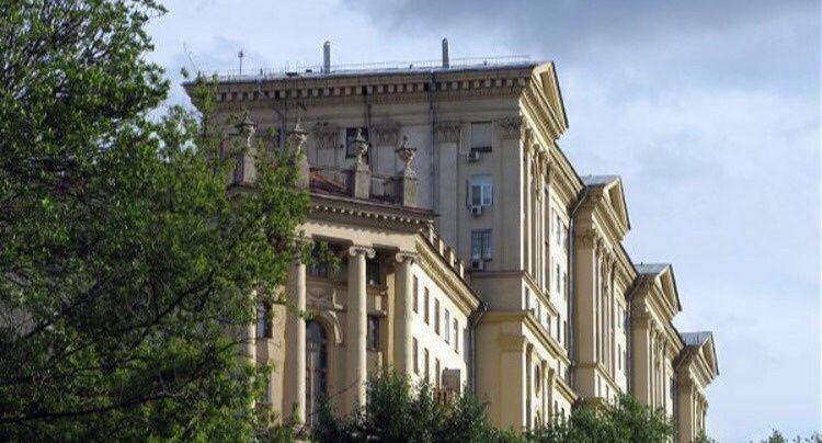 Продажа трёхкомнатной квартиры Москва, метро Электрозаводская, улица Госпитальный Вал 5к18, цена 10150000 рублей, 2021 год объявление №429014 на megabaz.ru