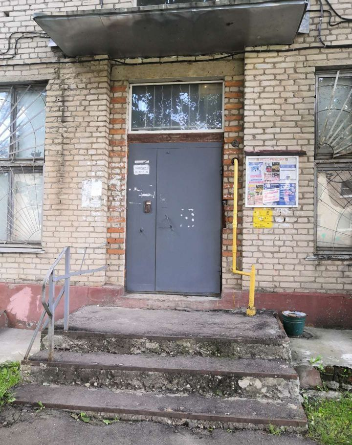 Продажа двухкомнатной квартиры Пересвет, улица Строителей 1, цена 2100000 рублей, 2020 год объявление №483066 на megabaz.ru
