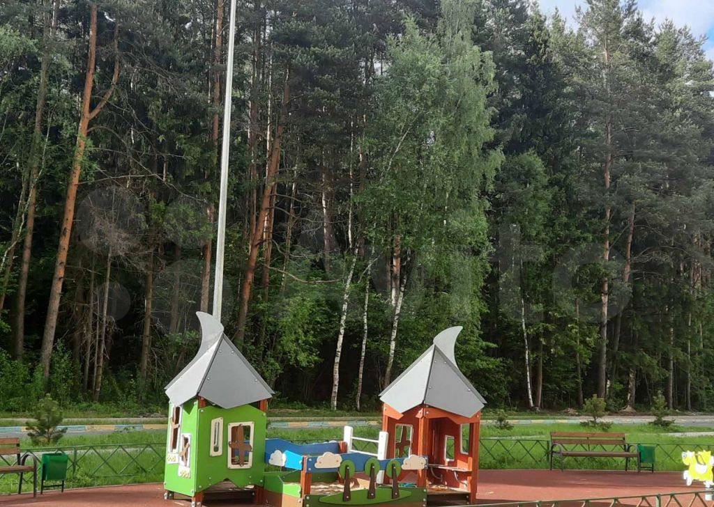 Продажа однокомнатной квартиры деревня Малые Вязёмы, цена 3800000 рублей, 2021 год объявление №646979 на megabaz.ru