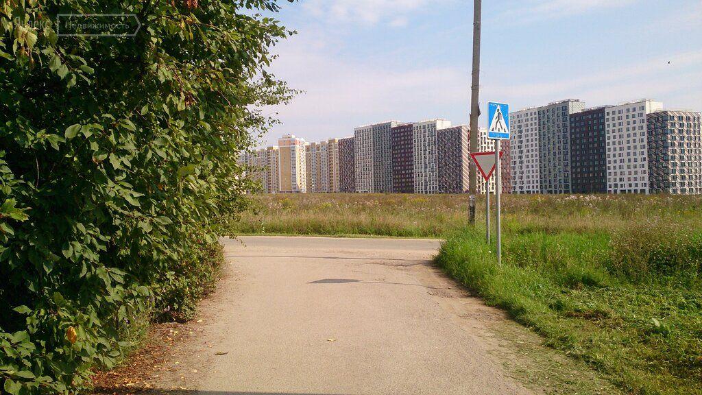 Продажа двухкомнатной квартиры деревня Сапроново, цена 1295000 рублей, 2020 год объявление №431946 на megabaz.ru