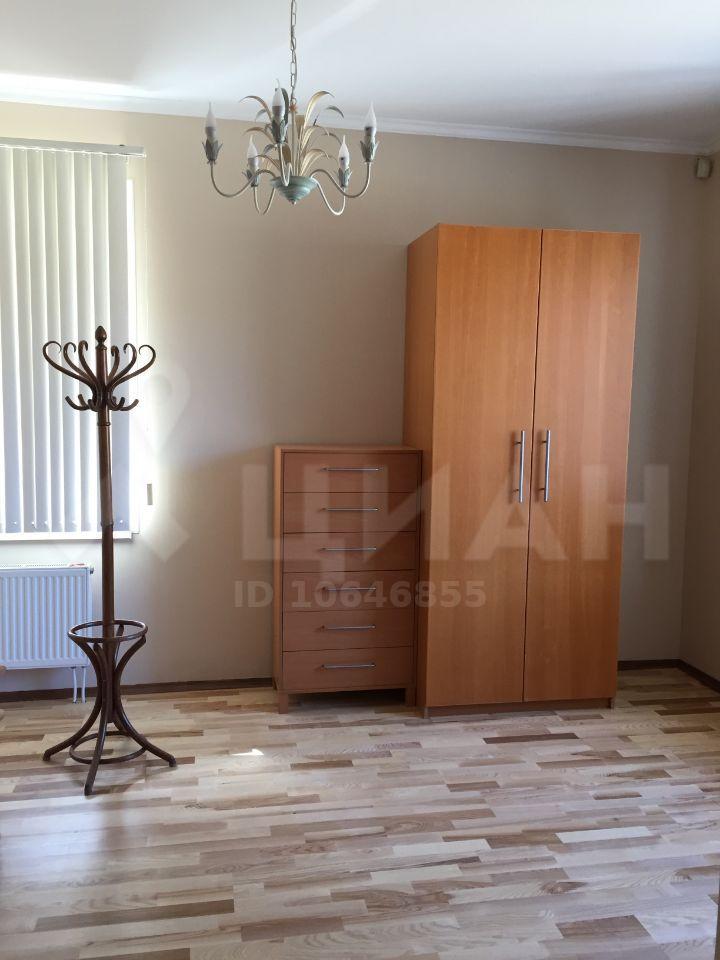 Аренда дома село Верхнее Мячково, цена 300000 рублей, 2020 год объявление №1077577 на megabaz.ru