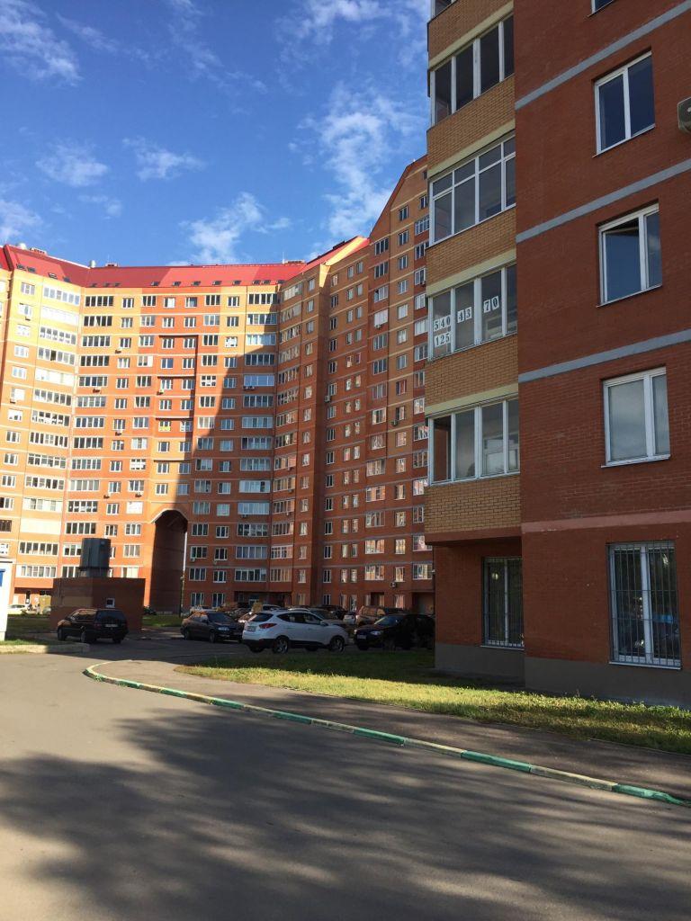 Продажа двухкомнатной квартиры поселок Горки-10, цена 6800000 рублей, 2021 год объявление №431926 на megabaz.ru