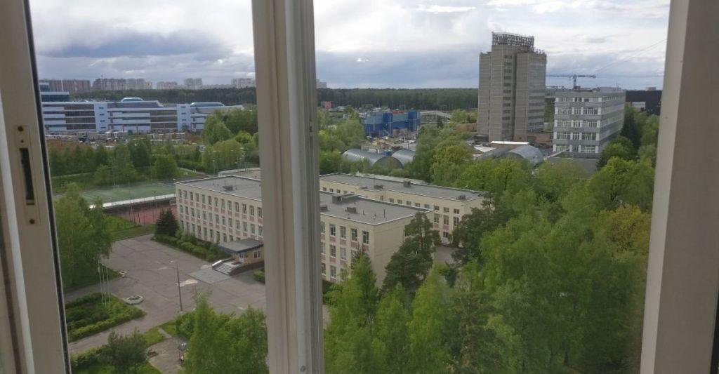 Продажа двухкомнатной квартиры рабочий поселок Новоивановское, улица Агрохимиков 19, цена 8850000 рублей, 2021 год объявление №384821 на megabaz.ru