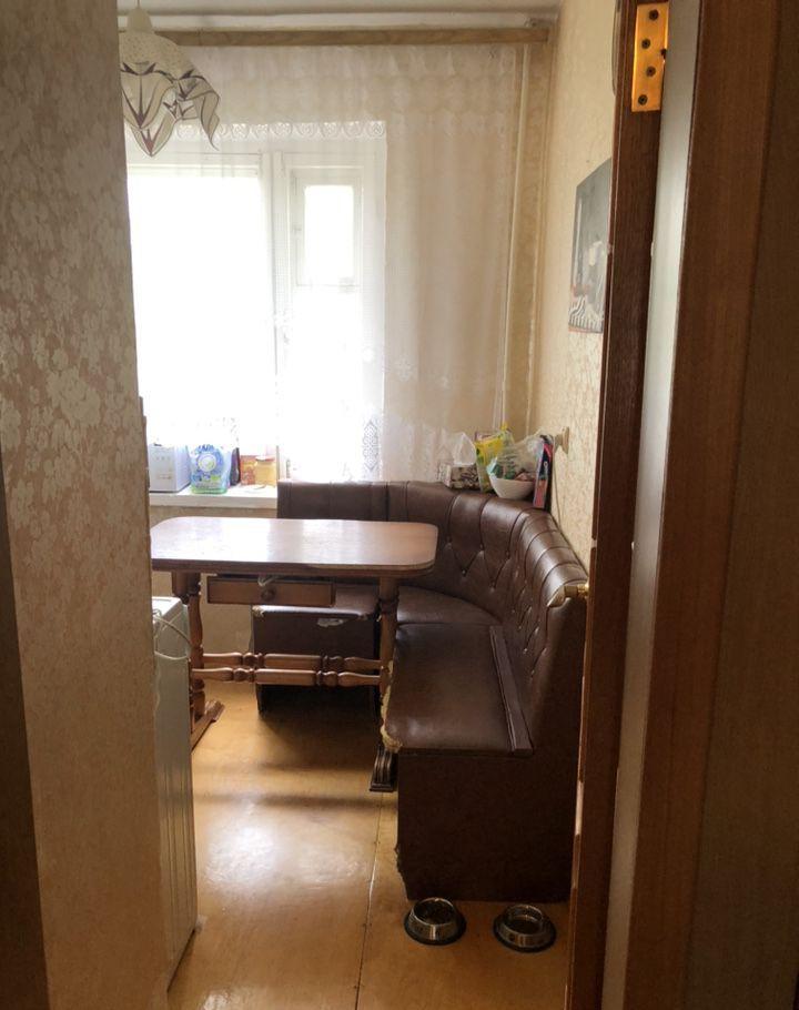 Аренда трёхкомнатной квартиры поселок Большевик, улица Ленина 48, цена 20000 рублей, 2020 год объявление №1101656 на megabaz.ru