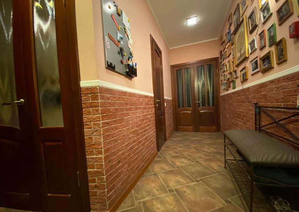 Продажа трёхкомнатной квартиры рабочий поселок Новоивановское, улица Калинина 8, цена 10200000 рублей, 2021 год объявление №386593 на megabaz.ru