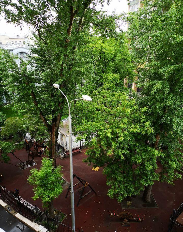 Аренда трёхкомнатной квартиры Москва, метро Баррикадная, Скатертный переулок 30с1, цена 99000 рублей, 2021 год объявление №1286823 на megabaz.ru