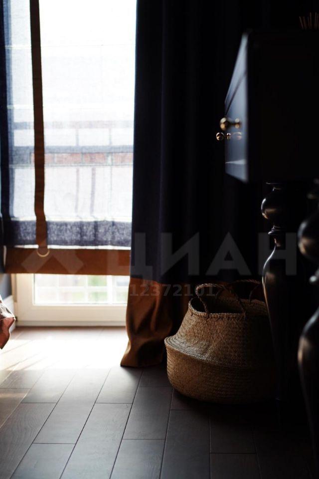 Аренда дома деревня Красный Поселок, Английский бульвар, цена 110000 рублей, 2020 год объявление №1101949 на megabaz.ru