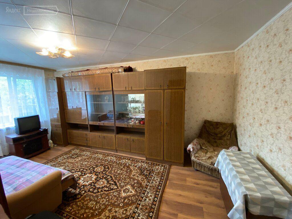 Продажа двухкомнатной квартиры село Речицы, Совхозная улица 23, цена 2550000 рублей, 2021 год объявление №430458 на megabaz.ru